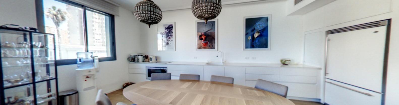 """בבלעדיות,ברמת אביב הירוקה,בפיכמן,4 חדרים חדשה משופצת מעוצבת אדריכלית,ממ""""ד,מחסן,בבנין יוקרתי,מרפסת שמש"""
